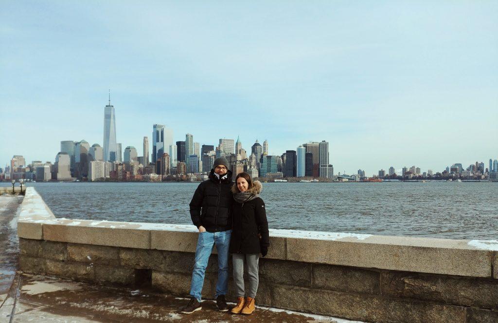 skyline new york da ellis island