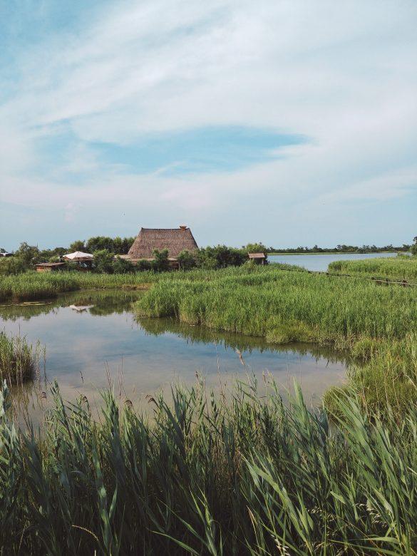 Caorle, il fascino della Laguna lontano da Venezia