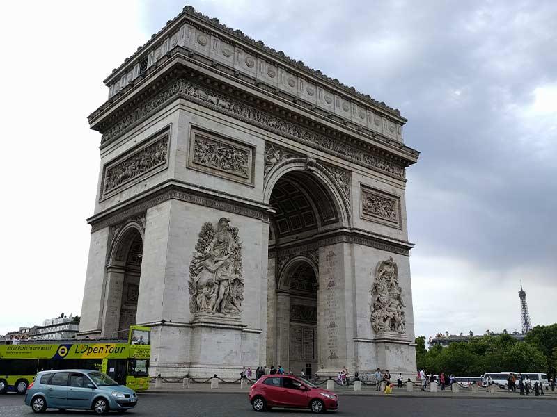 arco-trionfo-parigi-un-giorno