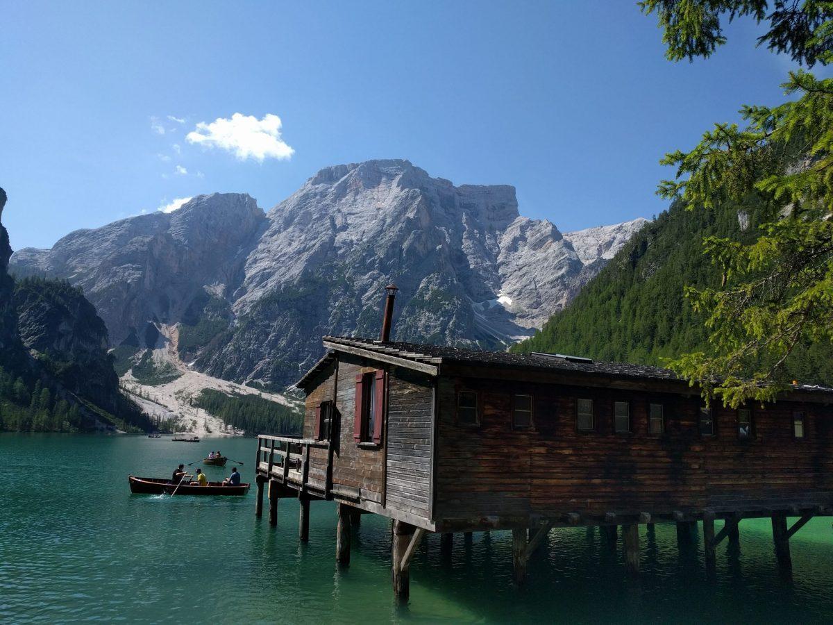 Visitare il Lago di Braies in Trentino Alto Adige - Alzati ...