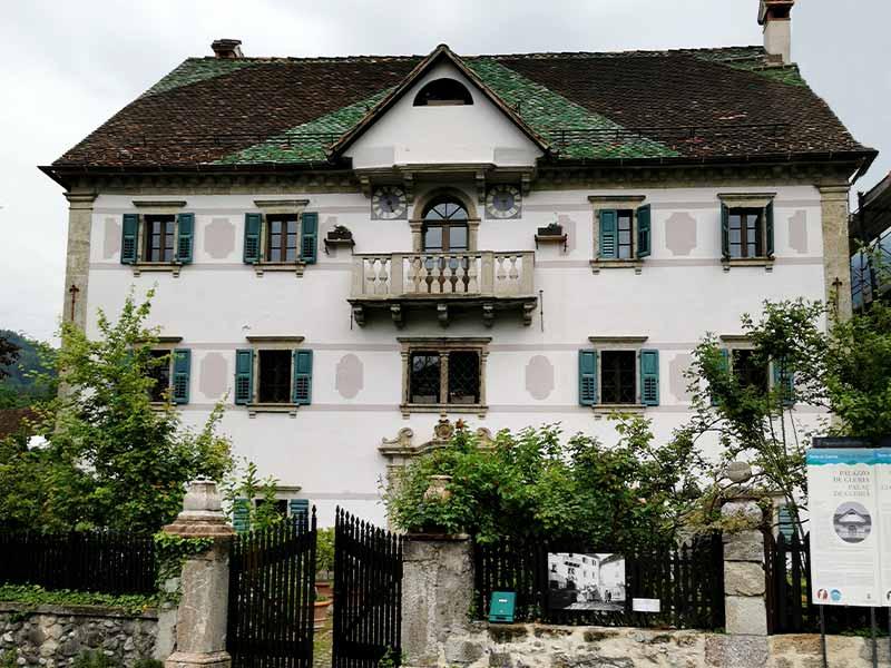 palazzo-de-gleria-albergo-diffuso-comeglians