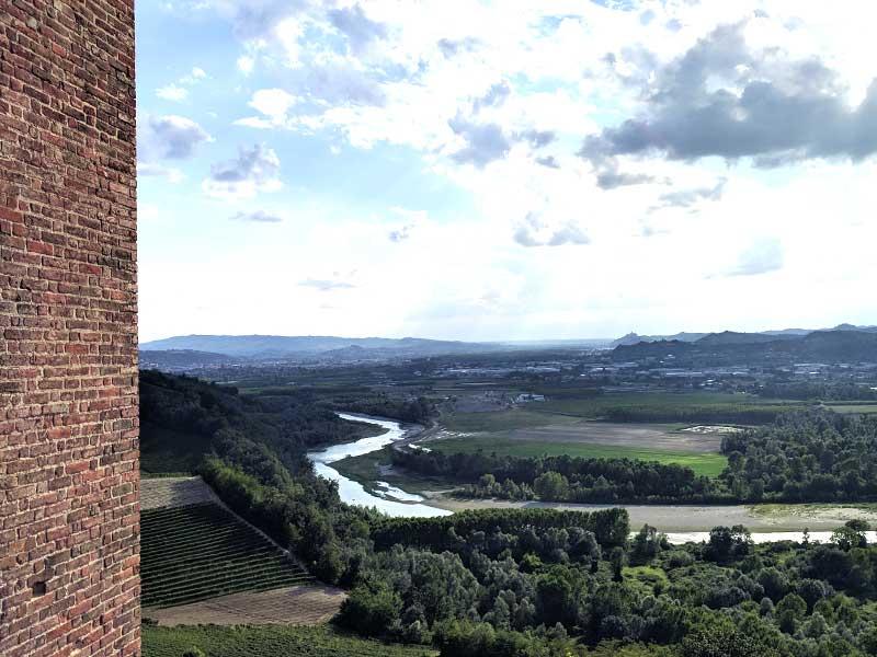 barbaresco-itinerario-langhe-monferrato-alzati-e-viaggia