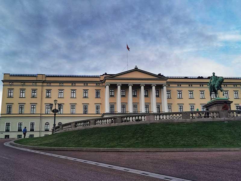 palazzo-reale-itinerario-oslo-1-giorno